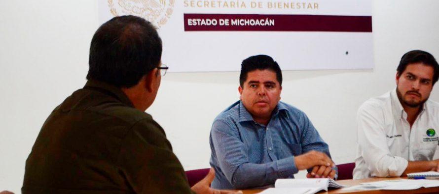 Vamos a convertir las zonas rurales en sectores estratégicos: Roberto Pantoja