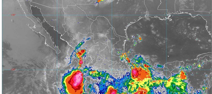 Lluvias torrenciales en Oaxaca y Guerrero e intensas en Michoacán, Jalisco, Veracruz, Chiapas y Tabasco