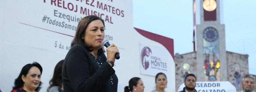 """Entrega Elvia Montes obras de mejoramiento en el Jardín Principal """"Adolfo López Mateos"""""""