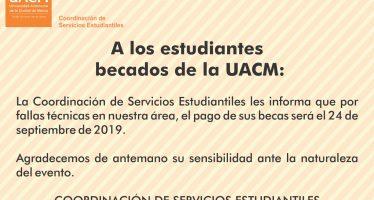 A los estudiantes becados de la UACM