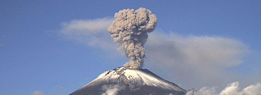 Muy activo el volcán Popocatépetl, con exhalaciones, por lo que el CENAPRED pide no acercarse
