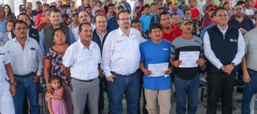 Entregan incentivos por más de 13 millones de pesos del programa Modernización de Embarcaciones Menores