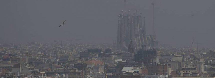 Barcelona declara la emergencia climática entre el escepticismo de los movimientos por el clima