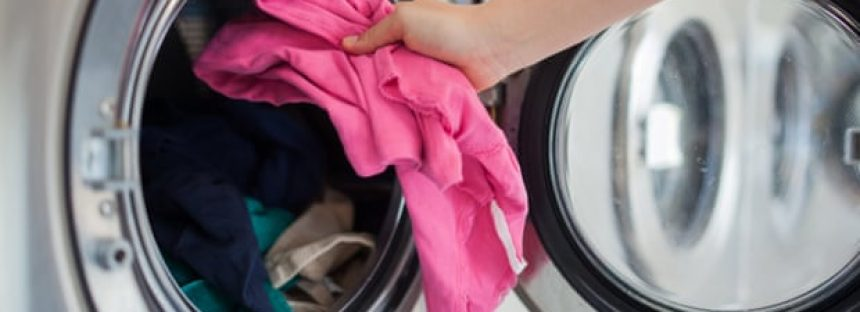Un lavado a 25 ° C es más ecológico, pero ¿puede realmente limpiar la ropa sucia?