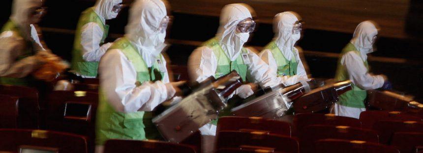 Un extraño virus que salió de China se extiende a otros países. Alarma en vecinos, aeropuertos