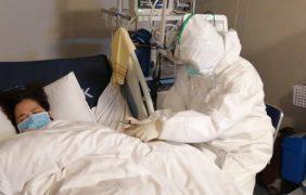 China reporta 212 muertos y más de 8 mil 900 contagios de coronavirus