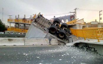 Acciones de limpieza y recuperación de la infraestructura dañada en la carretera 45 Querétaro-Irapuato