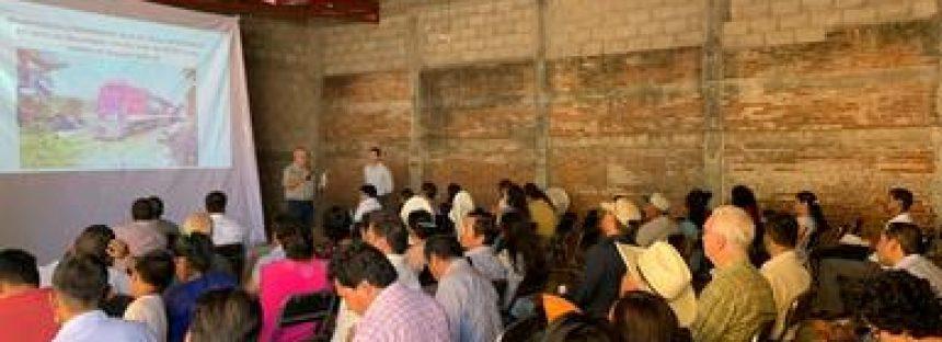 Segunda reunión pública de información sobre vía férrea en el Istmo de Tehuantepec; persiste rechazo