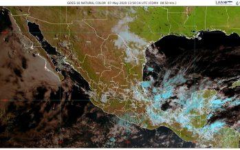 Lluvias, descargas eléctricas, granizadas y fuerte viento en Oaxaca y Veracruz; temperaturas de 35 °C en 18 estados