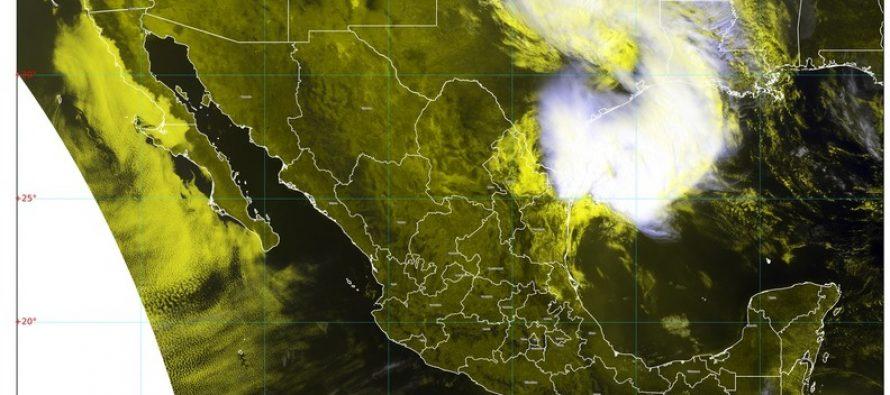 Lluvias descargas eléctricas, granizo y vientos de 70 km/h para Nuevo León y Tamaulipas; posibles tornados