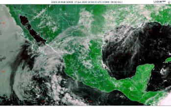 Lluvias intensas, descargas eléctricas y granizadas en Guerrero y Oaxaca
