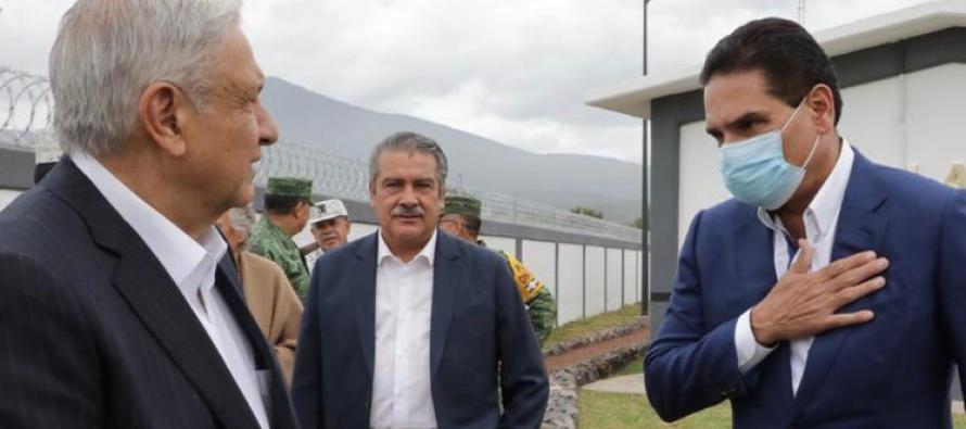 ¡Silvano Aureoles es como es, y no se parece a nadie! El presidente de México, AMLO, brinda lección de política