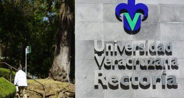 La Covid-19 evidencia en México, malos hábitos alimenticios, dicen expertos de la UV