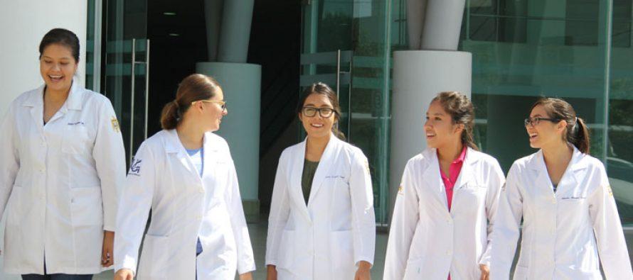Aumenta densidad de científicas que trabajan en la Universidad de Guanajuato