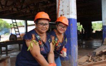 Lol Koopté, empresa sustentable de mujeres mayas que elabran artesaínas a partir de residuos de madera